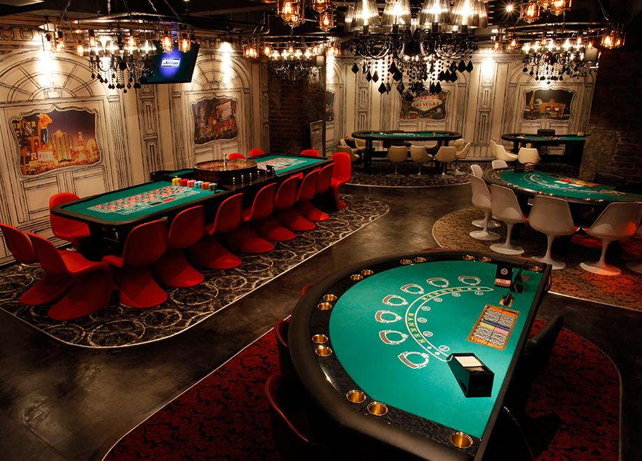 新宿のアミューズメントカジノ ジクー jiqoo 複合カフェ